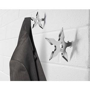 Bb94_ninja_star_coat_hook_inuse