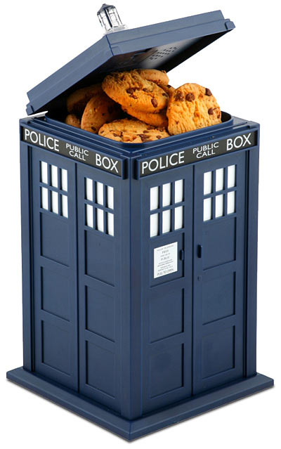 Doctor-who-tardis-talking-cookie-jar