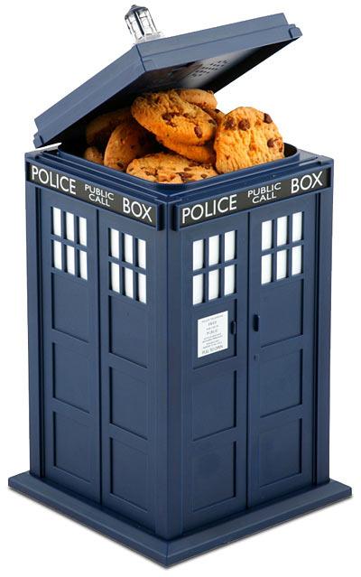 Doctor-who-tardis-talking-cookie-jar